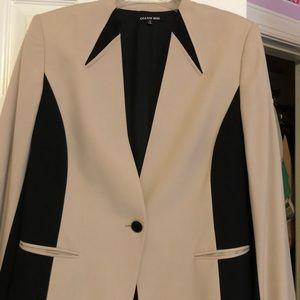 Gianni Bini gorgeous blazer!